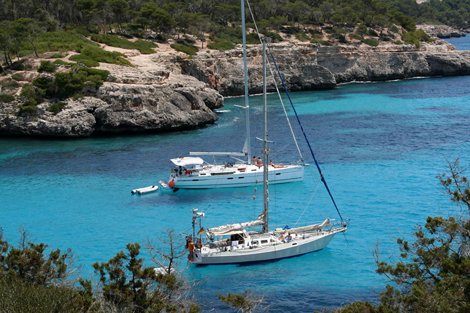 spain yacht charter sailing holiday destinations mallorca